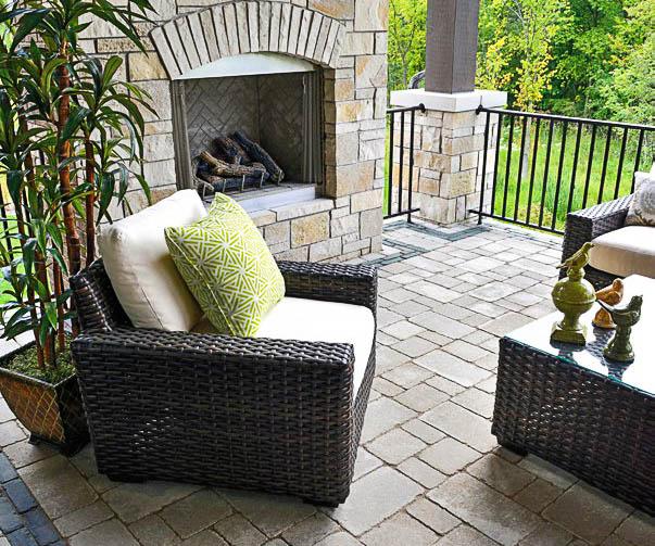 unilock brussels pavers in sandstone and copthorne in basalt