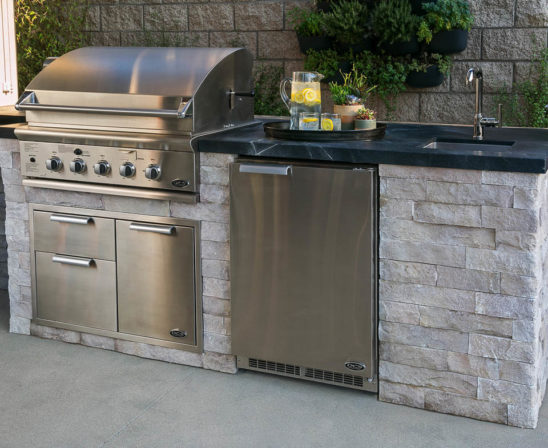 eldorado outdoor kitchen with light/white stone base