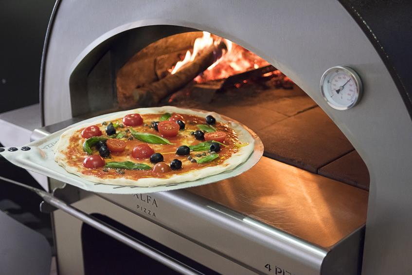 Alfa Ovens Italian wood-fired pizza oven