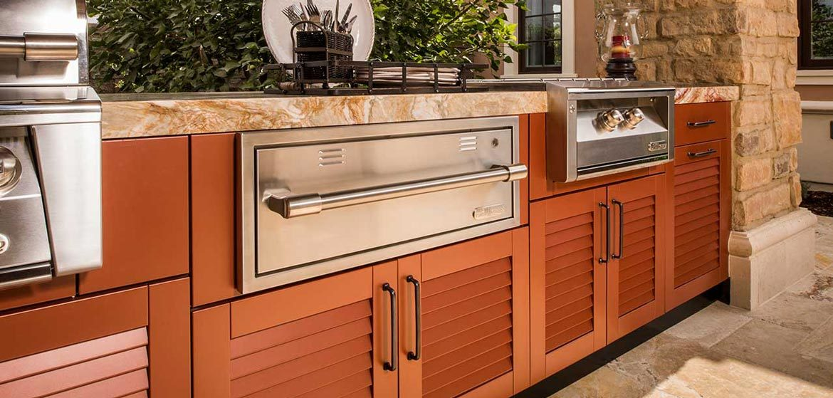 danver outdoor kitchens louver door with built in grill and built in side burner and outdoor kitchen warming drawer