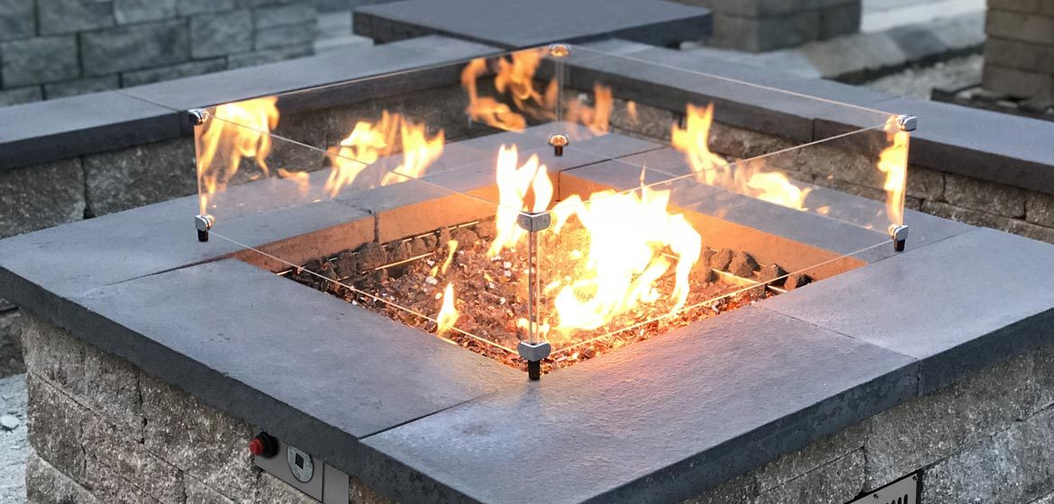 firegear outdoors propane or natural gas square fire pit burner in retaining wall with glass fire screen