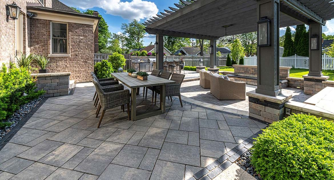 unilock's 2021 collection includes bristol valley patio pavers in steel mountain