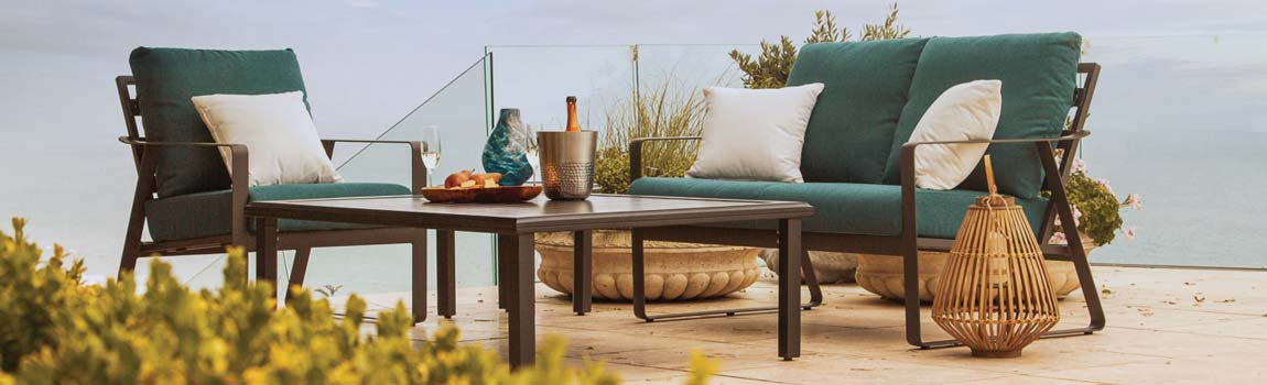 <php save on tropitone patio furniture at penn stone during our spring sale ?>
